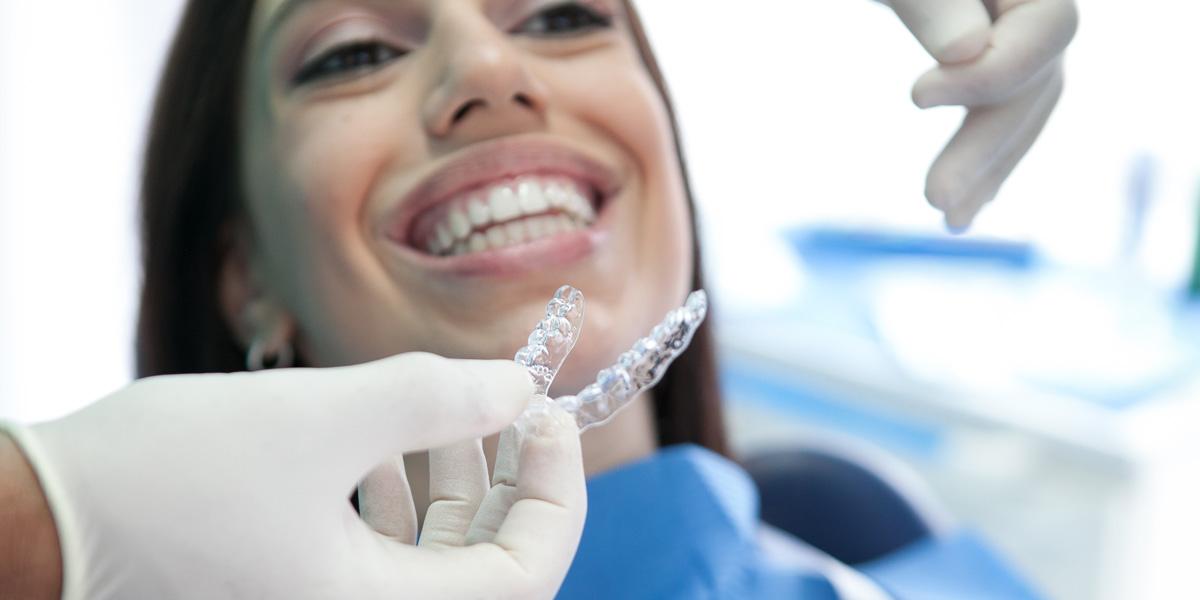 Adulti dal dentista